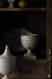 白沁み入る高台器-antique Italy pottery pharmacy pot