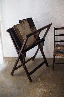 デッサン・スクリプト・写本を重ね-antique magazine rack