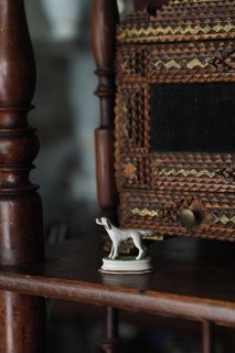 グレイッシュわんだ、風を浴び-antique pottery objet