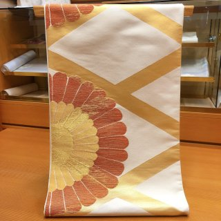 白地 袋帯 大輪の菊
