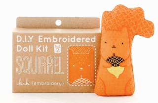 Squirrel Embroidery Kit 刺繍キット(リス)