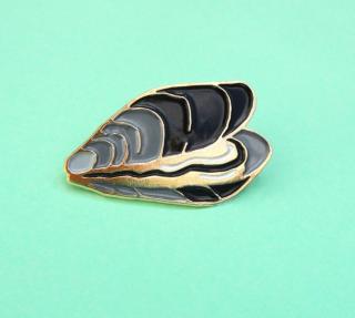 Mussel Pin  ムール貝のピン