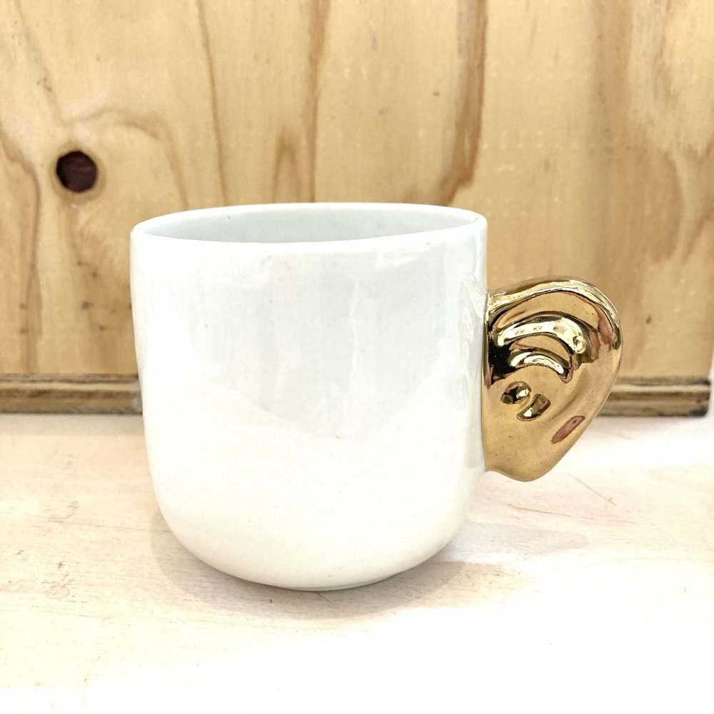 <img class='new_mark_img1' src='https://img.shop-pro.jp/img/new/icons14.gif' style='border:none;display:inline;margin:0px;padding:0px;width:auto;' />Listening Cups White×Gold Short