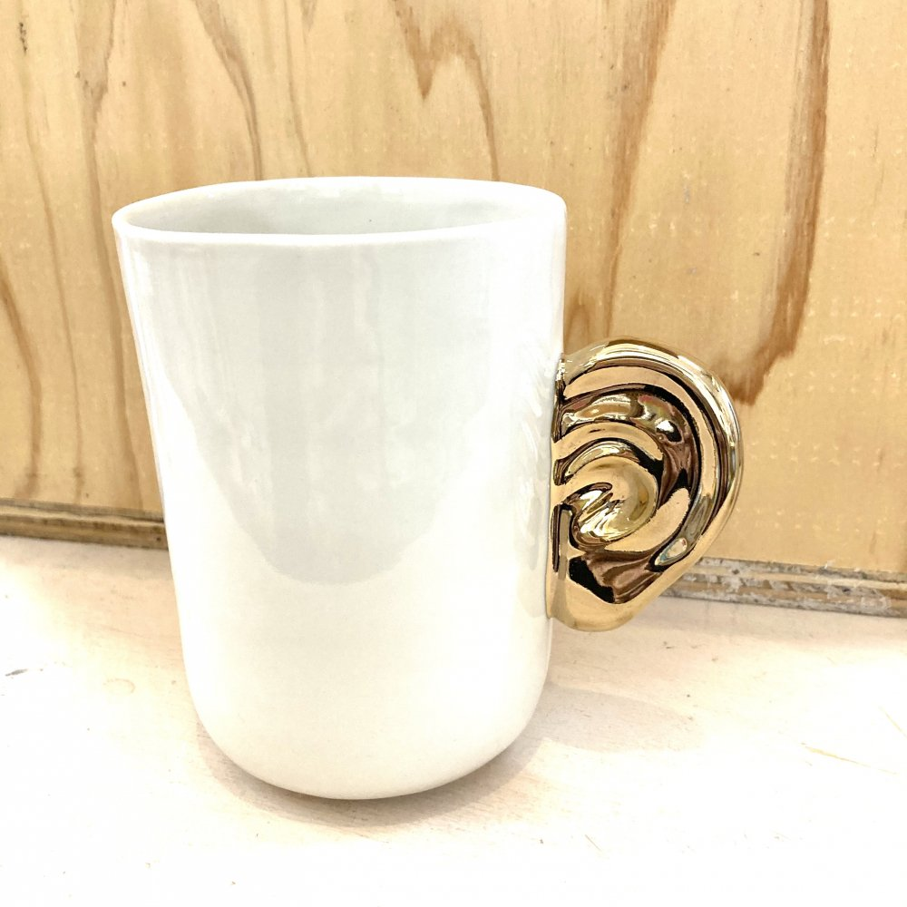 <img class='new_mark_img1' src='https://img.shop-pro.jp/img/new/icons14.gif' style='border:none;display:inline;margin:0px;padding:0px;width:auto;' />Listening Cups White×Gold Long