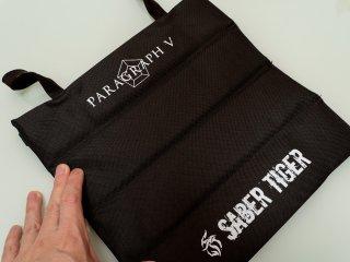 【新商品】PARAGRAPH Vデザイン・携帯クッション