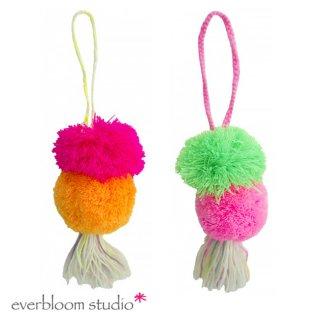 【everbloom】 2連ビッグポンポン+タッセル 19cm  【フューシャピンク&オレンジ or グリーン&フューシャピンク】 SALE