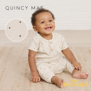 <img class='new_mark_img1' src='https://img.shop-pro.jp/img/new/icons1.gif' style='border:none;display:inline;margin:0px;padding:0px;width:auto;' />【Quincy Mae】 WOVEN HENRY TOP NATURAL STAR 【12-18か月/18-24か月/2-3歳】 QM052UR SS21 星柄 YKZ