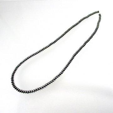 【60cm】ナバホビーズネックレス<br>6mm ハンドメイドのシルバービーズネックレス<br> ビーズネックレス ナバホパール<br>【ナバホ族】<br>