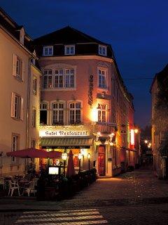 夜のカフェテラス(Luxembourg,Echternach)