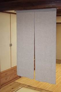 無地染め麻「グレイ」 縦150cm×横90cm
