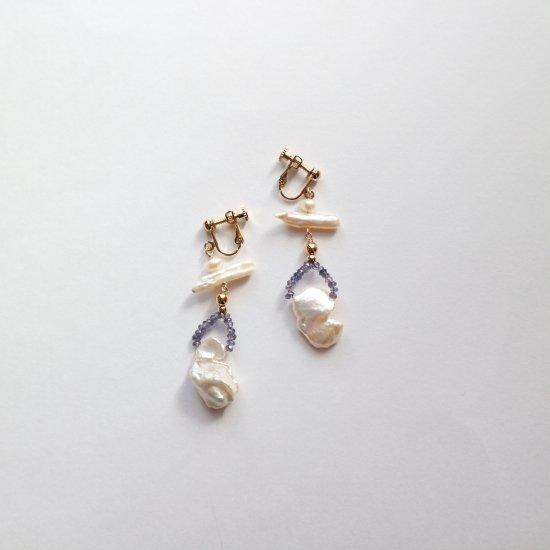 Freshwater pearl & Iolite earring(pierce)