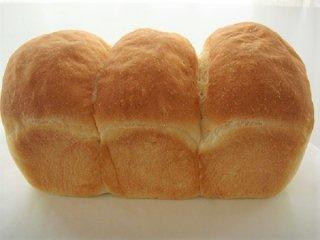 お米のミニ食パン 3つ山