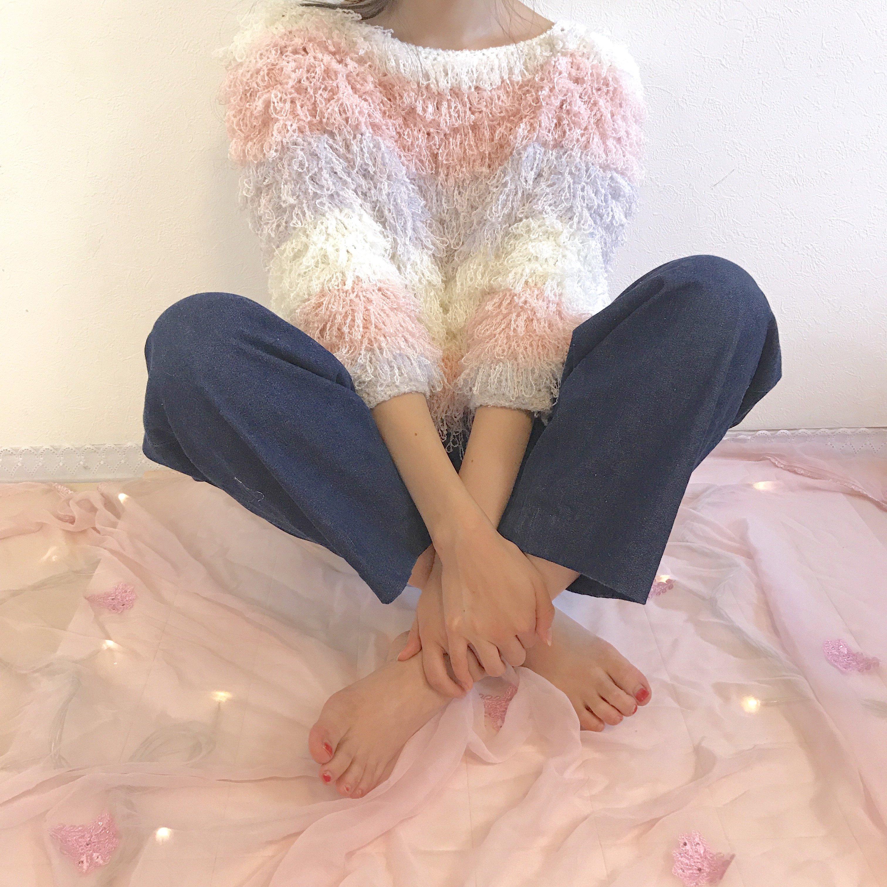 fancy loop border knit