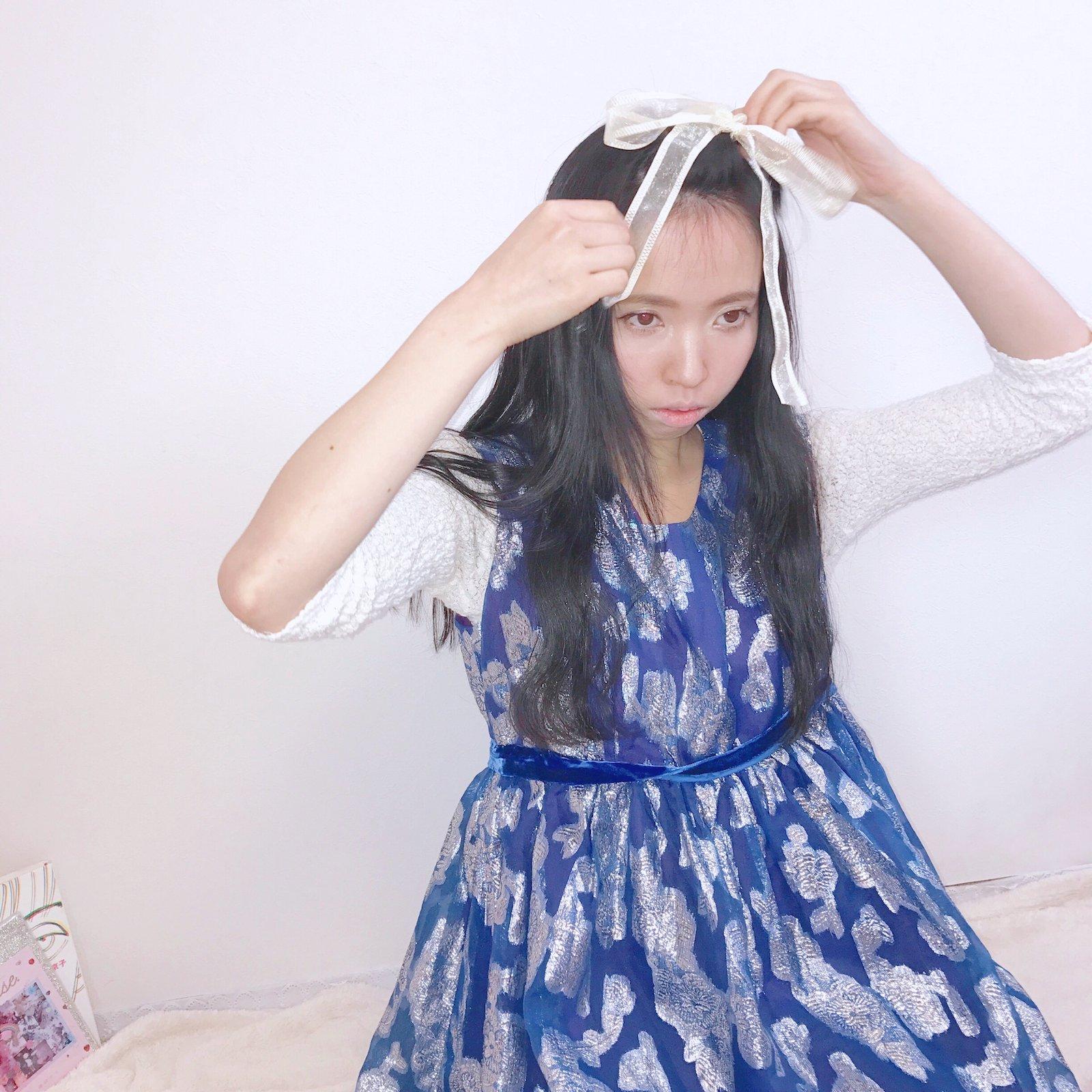 silver flower × blue dress