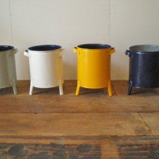 鉢カバー 脚付き / ブリキ リサイクル素材 【SDGs】(KMN-022)