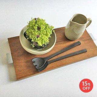 ひとりの朝食も楽しく!チーク + アイアン テーブル トレイ / ココナツオイル仕上 W-L 44cm (OIR-082)