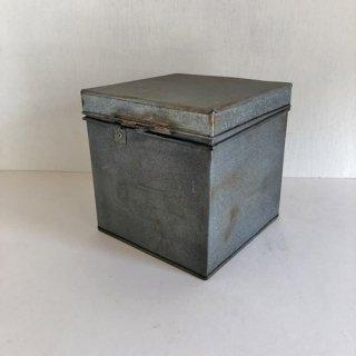 ティンボックス ブリキふた付きケース-立方 18.5cm角(THC-09)