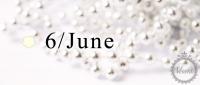 6月 / June / パール・ムーンストーン / ホワイト