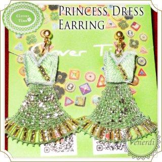 グリーンのドレスイヤリング