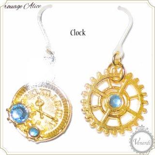 時計と歯車ピアス(ライトブルー)