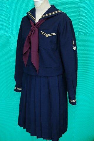 制服図鑑(買取実績) 東洋英和女学院 冬服