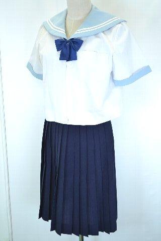 制服図鑑(買取実績) 中京高等学校 水色 セーラー夏服
