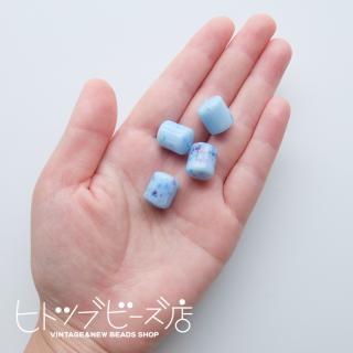 円柱ビーズ4個(ブルー系)