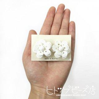 オーストリア製ヴィンテージ 白いお花イヤリング