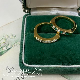 <img class='new_mark_img1' src='https://img.shop-pro.jp/img/new/icons1.gif' style='border:none;display:inline;margin:0px;padding:0px;width:auto;' />Vintage Square Glass Stone Ring (2 colors)