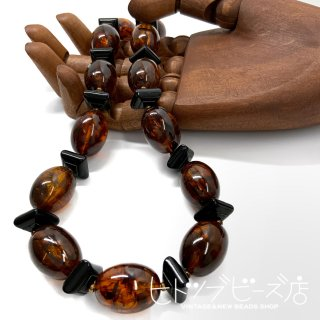 <img class='new_mark_img1' src='https://img.shop-pro.jp/img/new/icons1.gif' style='border:none;display:inline;margin:0px;padding:0px;width:auto;' />Vintage tortoiseshell style necklace