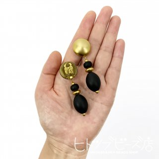 <img class='new_mark_img1' src='https://img.shop-pro.jp/img/new/icons1.gif' style='border:none;display:inline;margin:0px;padding:0px;width:auto;' />Vintage matte gold and black earrings