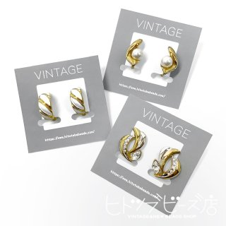 <img class='new_mark_img1' src='https://img.shop-pro.jp/img/new/icons1.gif' style='border:none;display:inline;margin:0px;padding:0px;width:auto;' />Vintage gold earrings
