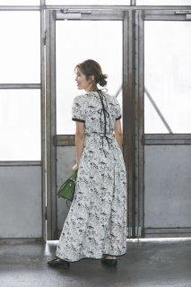 バックリボンプリントドレス(オフ)
