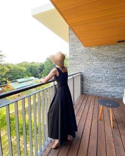 スクエアネックプリントドレス(ブラック)