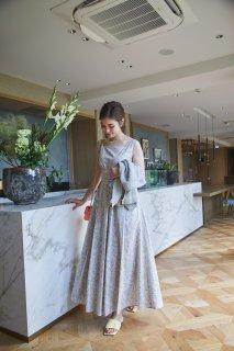 スクエアネックプリントドレス(小花柄)