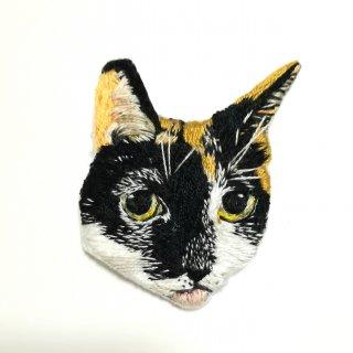 【オーダー品】猫ちゃんの刺繍ブローチ
