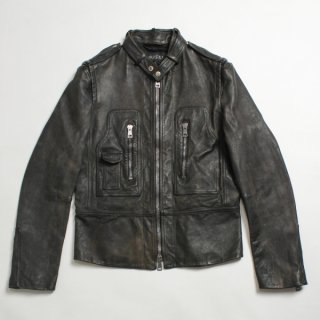 <img class='new_mark_img1' src='https://img.shop-pro.jp/img/new/icons20.gif' style='border:none;display:inline;margin:0px;padding:0px;width:auto;' />GUCCI<br>LEATHER JACKET<br>【76%OFF】