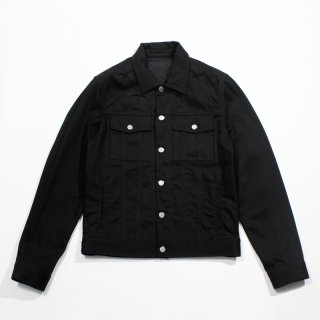 <img class='new_mark_img1' src='https://img.shop-pro.jp/img/new/icons20.gif' style='border:none;display:inline;margin:0px;padding:0px;width:auto;' />GIVENCHY<br>STARRED DENIM JACKET<br>【65%OFF】
