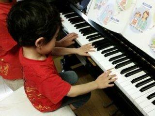 ピアノ教室/ボイトレ教室 個人レッスン(月・水・木曜日) ※月謝制