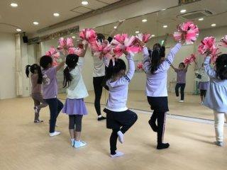 チアダンス 土曜 9:00児童 10:00児童・園児 11:00園児 ※チケット制