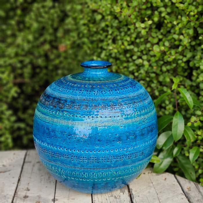 ビトッシ・フラビア(FLAVIA)・リミニブルー・丸フラワーベース・陶器・イタリア メインイメージ