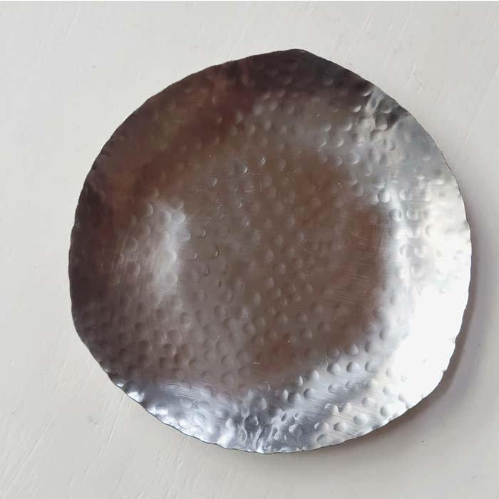 ステンレス・槌目プレート・カフェ・菓子皿 サブイメージ