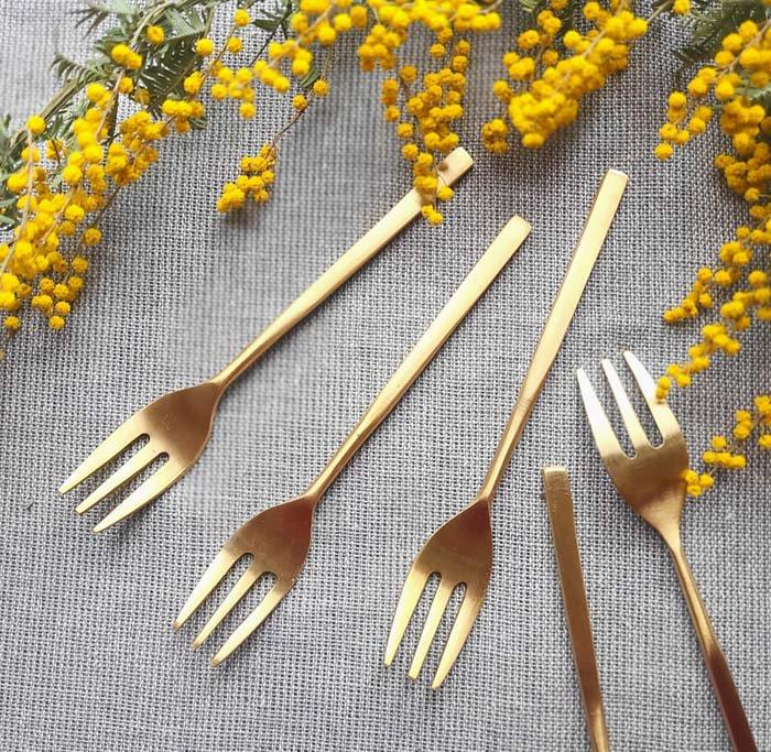 真鍮・ブラス・ゴールド・デザートフォーク メインイメージ
