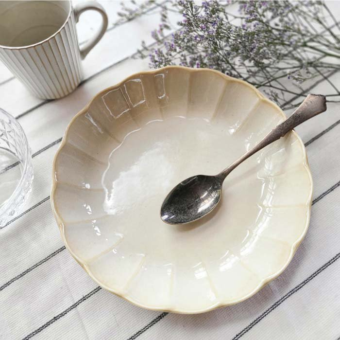 vintageフラワーシリーズ・花皿・アイボリー・カレー皿・パスタ皿・シチュー皿・深皿・プレート メインイメージ