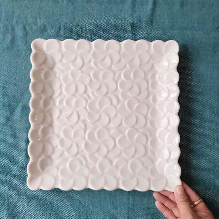 プルメリア・花・正方形スクエアプレート・24.5cm・美濃焼・白磁 サブイメージ