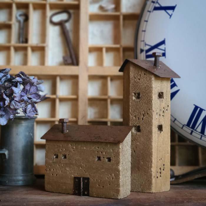 2個セット・ミニチュア木製ハウス・WOOD HOUSE・家・木・鉄 メインイメージ