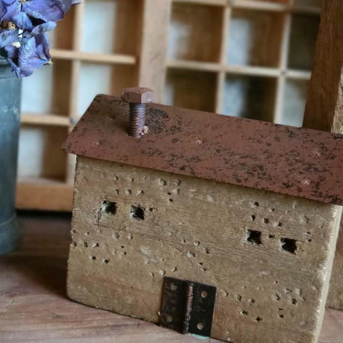 2個セット・ミニチュア木製ハウス・WOOD HOUSE・家・木・鉄 サブイメージ