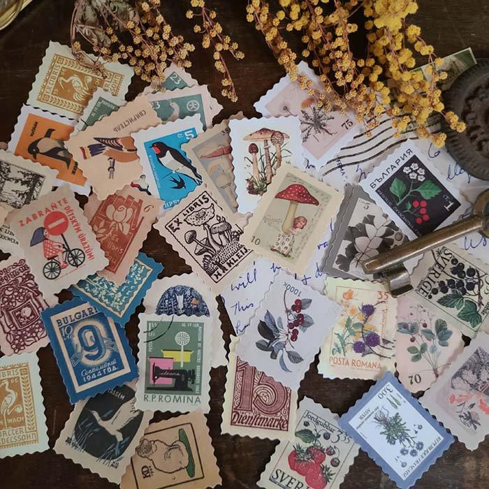 レトロ切手風シール46枚セット(23柄x2枚)・絵・花・キノコ・宇宙シリーズ メインイメージ