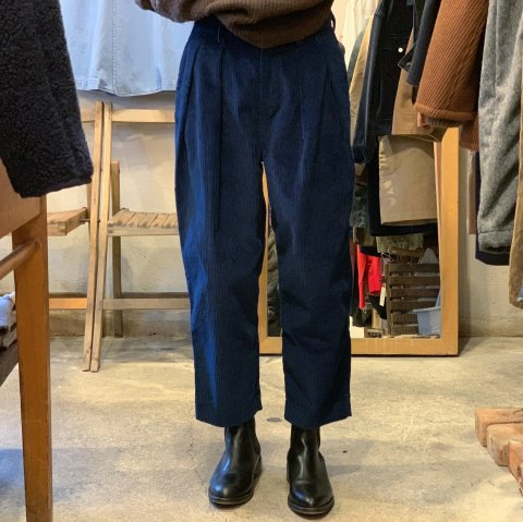 "Willfree ""2-Tuck Corduroy Trouser"""
