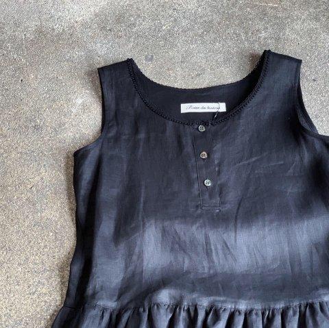 "Porter des boutons ""Linen No Sleeve Dress"""